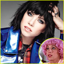carly rae jepsen hairstyle back carly rae jepsen leads new grease live castings as frenchy