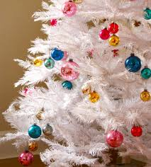 decoration ideas for white trees before