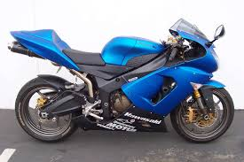did kawasaki make two different plasma blue colors for 2006 zx6r