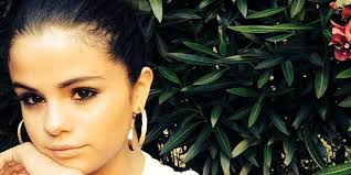 selena gomez spent thanksgiving with family justin bieber was