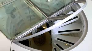 cave a vin sous sol automatisme ouverture de trappe ou de cave au sol avec vérin