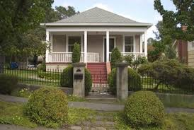 Rambler House Style Bungalow Vs Ranch House Home Guides Sf Gate