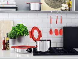 accessoire cuisine com des ustensiles astucieux pour cuisiner malin