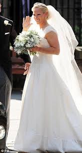 wedding dress eng sub zara phillips wedding dress quintessential for mike