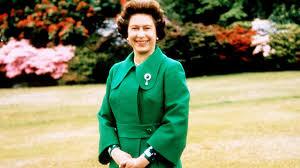 The Queen S Corgi Queen Elizabeth Has Reportedly Adopted Another Corgi Vanity Fair