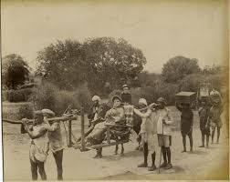 Sedan Chairs File Woman Riding In A Sedan Chair India C 1880 U0027s Jpg