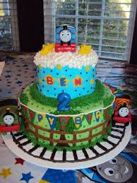 25 train birthday cakes ideas thomas train