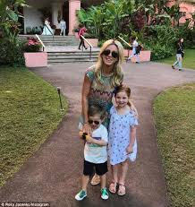 jacenko s curtis dances as family holidays in
