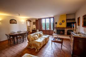exclusive villa holiday rentals in perugia umbria by owners