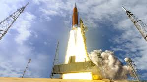 how fast does the space station travel images Around the moon with nasa 39 s first launch of sls with orion nasa jpg