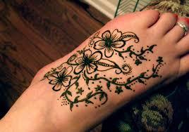 23 wonderful henna tattoos on foot