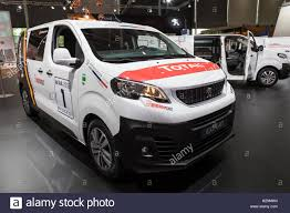 peugeot expert 2017 peugeot stock photos u0026 peugeot stock images alamy