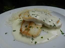 cuisiner du merlu merlu à la crème de maroilles c est pas d la tarte