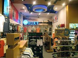 Bisnis Baju Quiksilver surfersvillage quiksilver opens new store in west jakarta