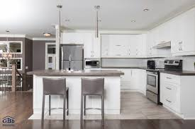 cuisine neuve cuisine maison neuve vue sur salon depuis cuisine maison neuve