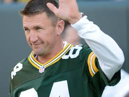 Green Bay Packers Flags Bill Schroeder Waves To The Crowd As He Is Introduced At Halftime