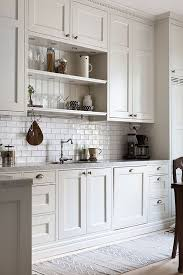 refaire les armoires de cuisine get inspired by these homes interior design la maison