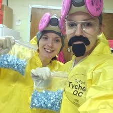 Breaking Bad Costume Diy Costumes From Tv Shows And Movies Popsugar Australia Smart