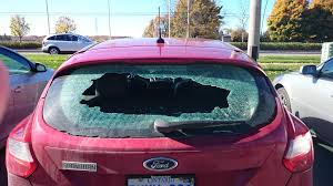 2012 ford focus hatchback recalls 2012 ford focus rear window exploded 15 complaints