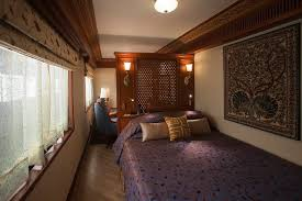 Maharaja Express Train Luxury Train Travel In India Maharajas Express Luxury Travel