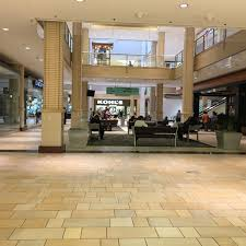 Kohls Floor Ls Photos At Kohl S Department Store In Newport