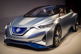 nissan leaf next generation will the next nissan leaf challenge the upcoming 200 mile chevy