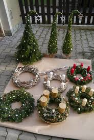 weihnachtsdeko aussen selber basteln skandinavische
