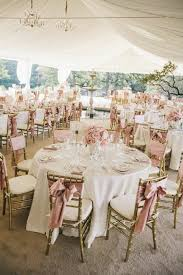 couvre chaise mariage les 25 meilleures idées de la catégorie housses de chaise mariage
