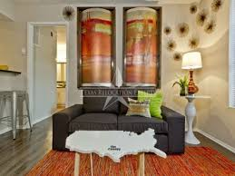 id 1236 gorgeous renovated apartment homes with wood floors far