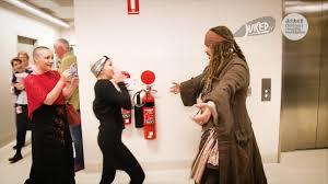 dressed as captain jack sparrow johnny depp visits children in