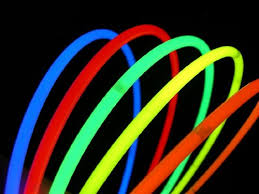 glow sticks in bulk 200 glow with us brand 22 superior assorted glow stick necklaces