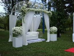outdoor wedding decoration ideas outdoor wedding decorating ideas ideal weddings