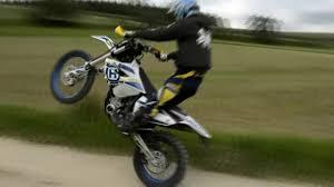 avigo motocross bike enduro tutorial 1 wheelie how to do a wheelie step by step