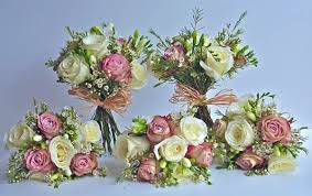 wedding flowers for september wedding flowers can be so creative and exciting