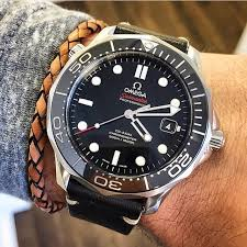 omega style bracelet images Montre omega seamaster port e avec un bracelet en cuir tress jpg