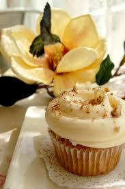 58 hummingbird cupcake thumb magnolia bakery