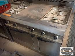 piano de cuisine professionnel d occasion fourneau 4 feux plaque coup de feu four statique à gaz capic