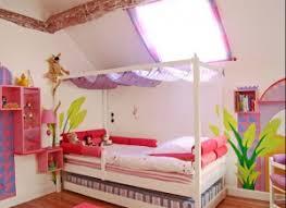 personnaliser sa chambre couleur pour chambre de fille maison design bahbe com
