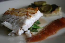 cuisiner le merou hamour mérou grillé tartelettes de courgettes vinaigrette de