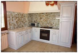 repeindre sa cuisine rustique rnover une cuisine rustique crdit photo and lace rnover une