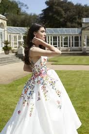 wedding dress inspiration the prettiest floral wedding dress inspiration you ll