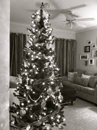 interesting decorating with black and white tree