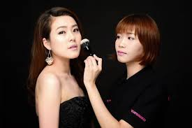 Professional Make Up Diploma In Professional Makeup Artistry Cosmoprof Academy