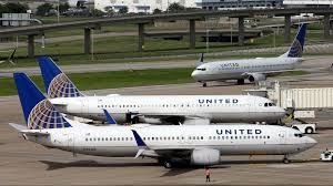Flight Change Fee United by United Airlines Resumes U S Flights After Computer Problem