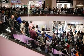 black friday brings a chaos the sound