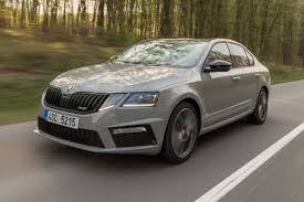 new skoda octavia vrs 2017 review auto express