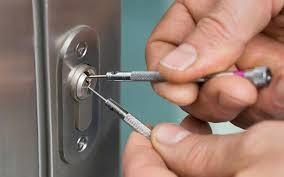 comment ouvrir une serrure de porte de chambre bouc bel air comment ouvrir une porte de chambre sans clé bricard