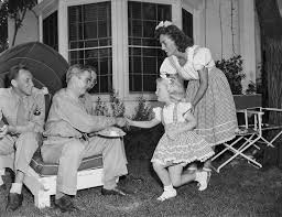 bette davis spouse fact checking feud bette davis s difficult relationship with