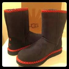 do womens ugg boots run big 35 ugg shoes pair of black ugg boots size 8 5 never