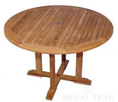 Round Table Kerman Wood Outdoor Dining Table